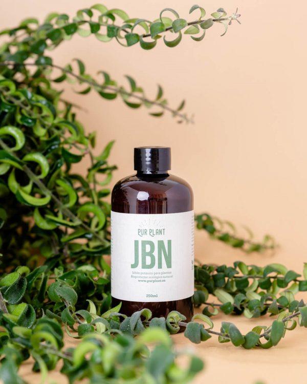 jabon-potasico-para-plantas-interior
